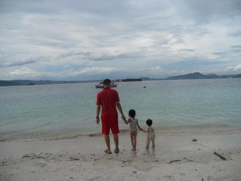 Kebersamaan di Pulau Tangkil